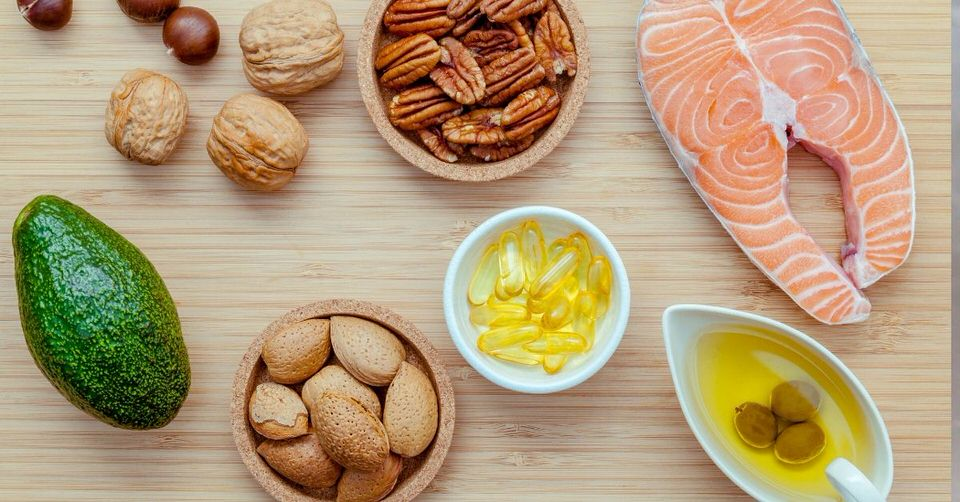 The healthy fat sources that need to be a part of a skin tightening diet - Foods that tighten loose skin.